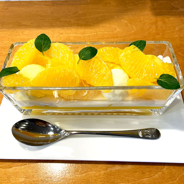 柑橘のパフェ
